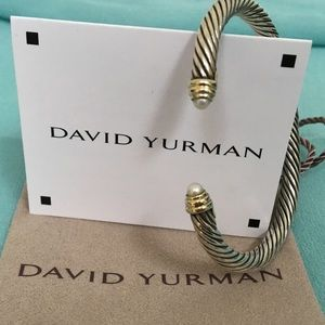 ❤️Authentic David Yurman Pearl Bangle 🔴❤️